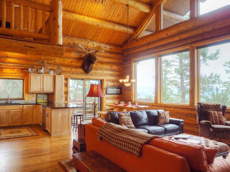 NEW! Mounticello Log Cabin